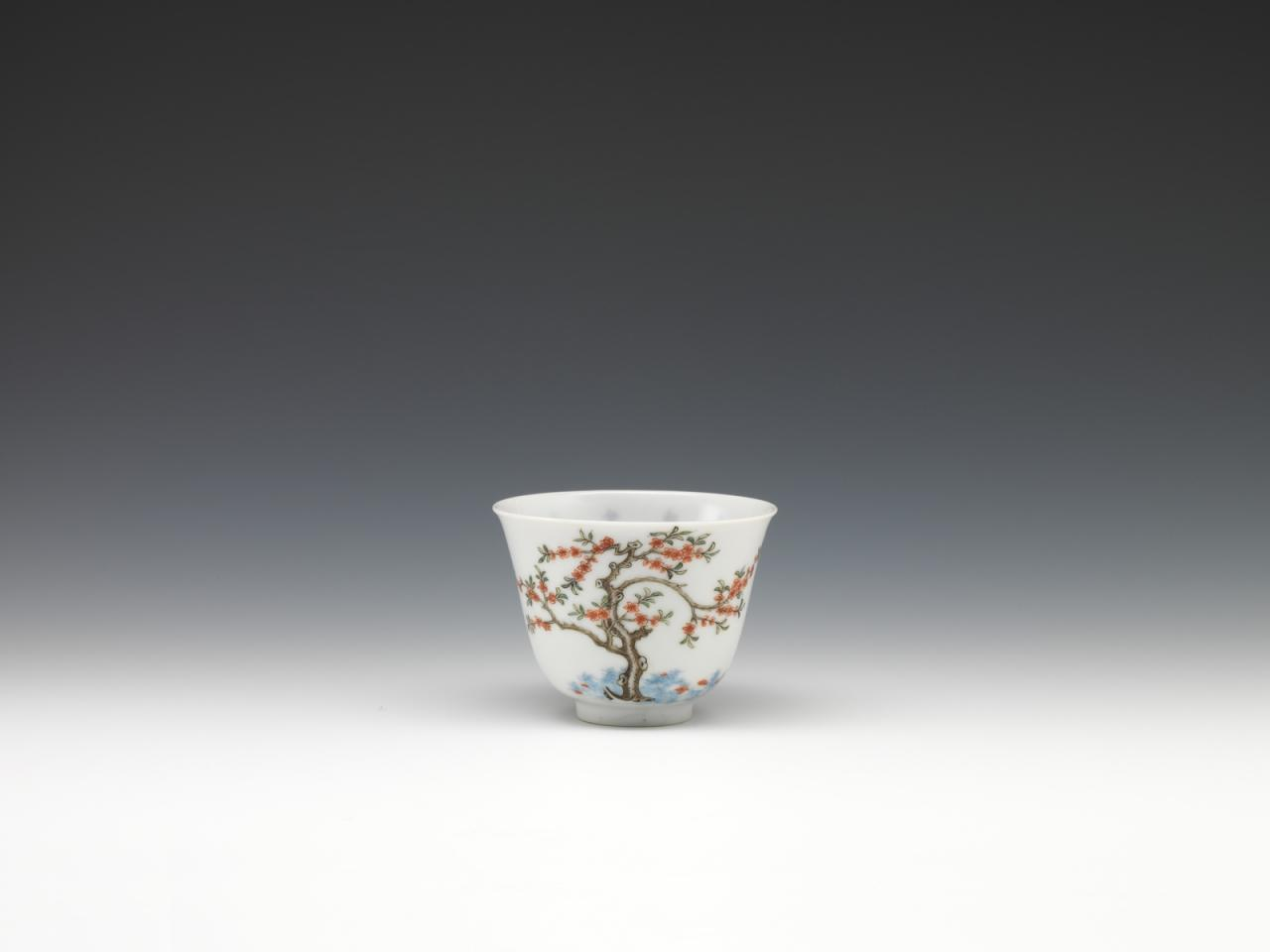 """Twelve cups with flowers representing the twelve months in wucai enamels-March"" image"