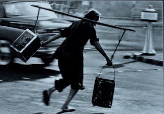 """YAU Leung, """"Risking Her Life to Get Water"""" image"""