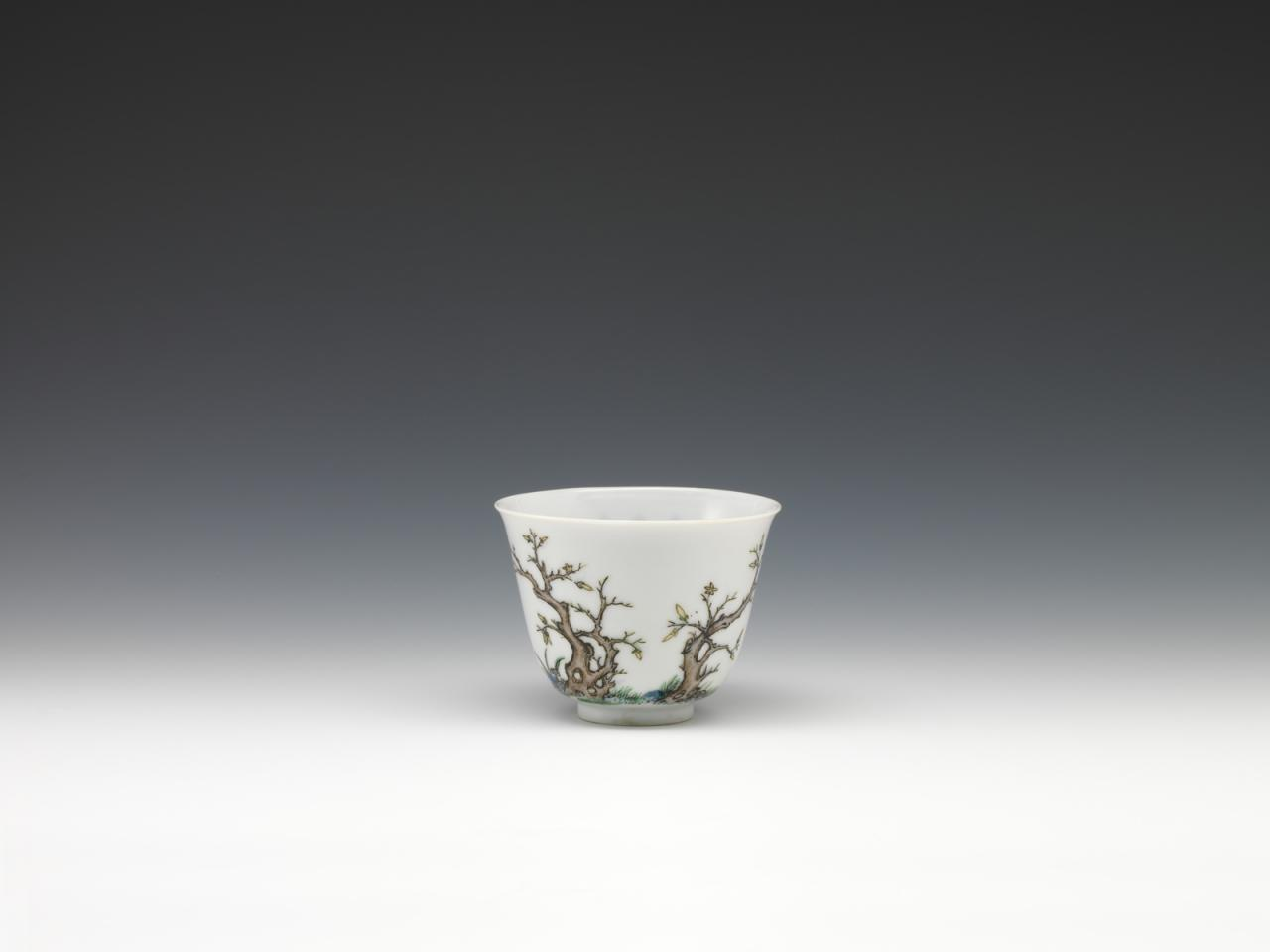 """Twelve cups with flowers representing the twelve months in wucai enamels-December"" image"
